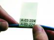 1: Selbstlaminierendes Vinyletikette zur Draht- und Kabelkennzeichnung (Anwendungsschritt 1)