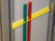 7: Schutzschalter-Verriegelung (480-600 V) - Halterung   Sperrstab