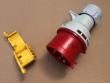 4: Verriegelung von CEE-Stecker