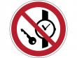 8: Verbotsschild - Mitführen von Metallteilen oder Uhren verboten (gemäß DIN EN ISO 7010)