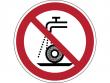 31: Verbotsschild - Nicht zulässig für Nassschleifen (gemäß DIN EN ISO 7010)