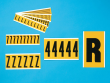 12: Zahlen und Buchstaben für die Innen- und Außenkennzeichnung